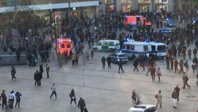 Massenschlägerei Alexanderplatz