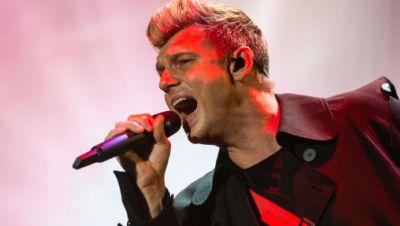 Nick Carter, Sänger der Boygroup Backstreet Boys, singt