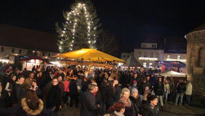 Naumburger Weihnachtsmarkt.Naumburger Weihnachtsmarkt Radio Saw